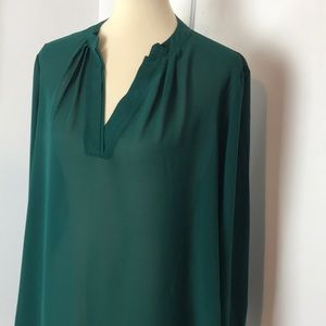 Rose & Olive Emerald Green Chiffon Top L